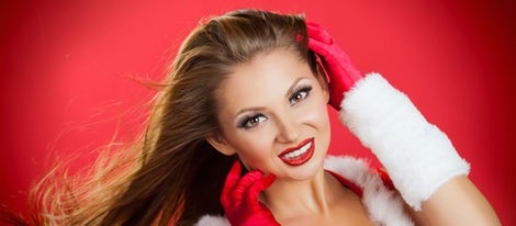 Peinados de Navidad: apuesta por recoger tu melena