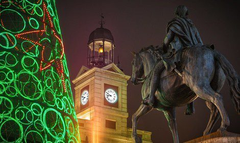 Puerta del Sol en Madrid durante Navidad