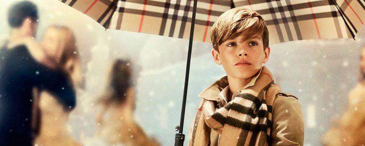 Romeo Beckham para Burberry
