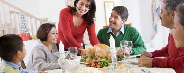 El pan es un alimento que engorda bastante, si puedes evitarlo en Navidad hazlo