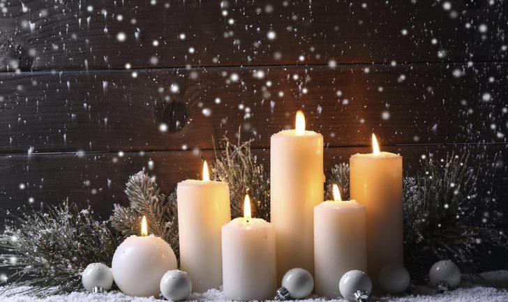 Decoraci n navide a con velas ideas para centros de mesa bekia navidad for Velas navidenas