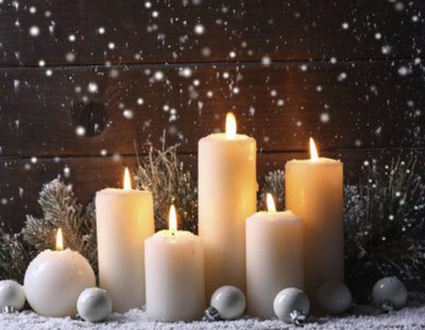 Decoraci n navide a con velas ideas para centros de mesa for Adornos navidenos con copas y velas