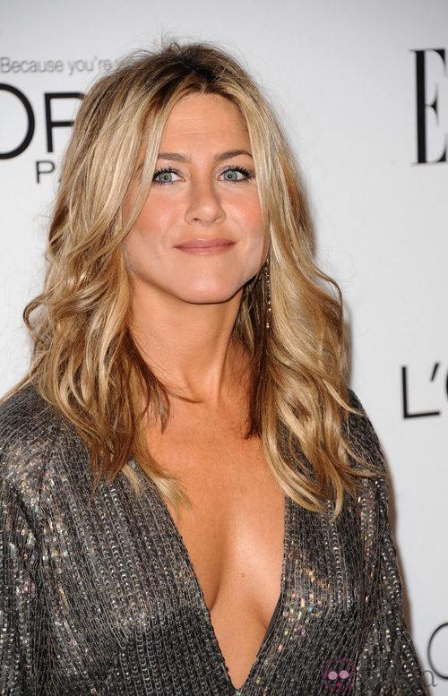 Peinados para Navidad: Jennifer Aniston con su melena ondulada