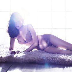 Laetitia casta posa en ropa interior para H&M