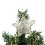 Árbol de Navidad coronado por una estrella dorada