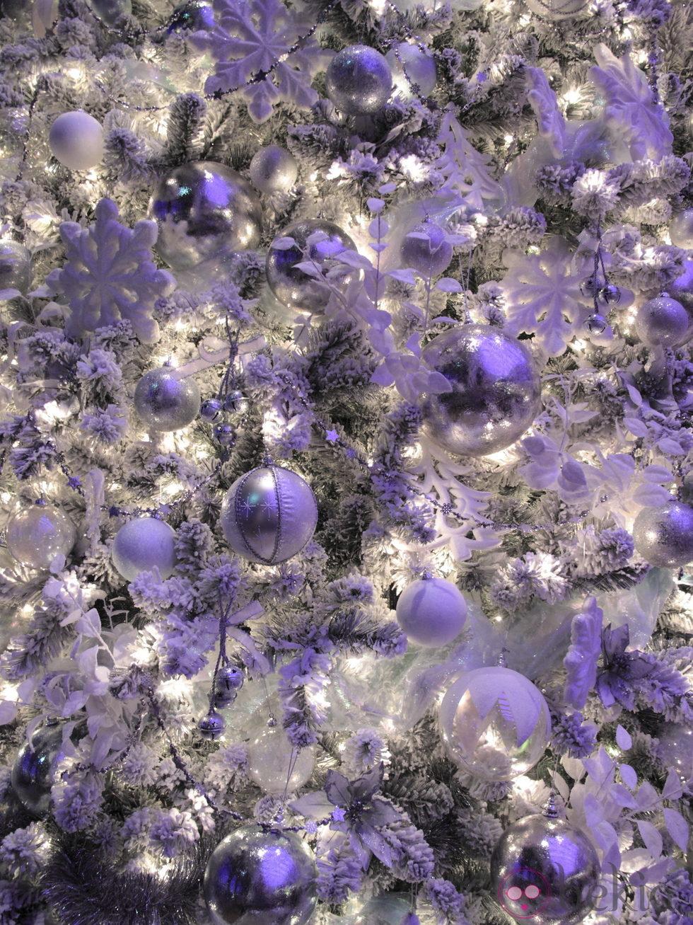Decoracion arbol de navidad blanco y morado - Arboles de navidad blancos ...