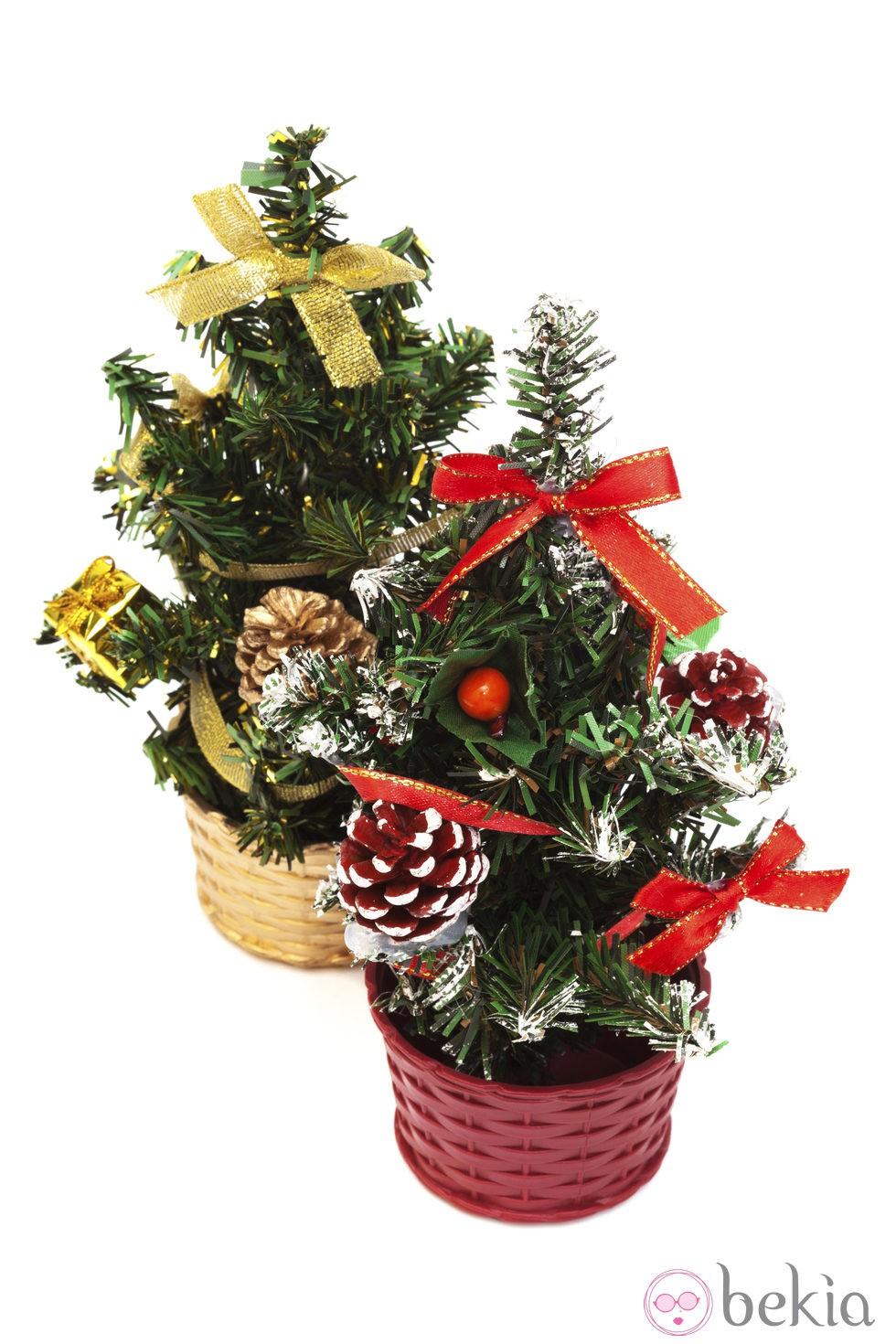 Peque os rboles de navidad fotos de navidad for Fotos arbol navidad