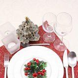 Decora la mesa de Navidad en rojo