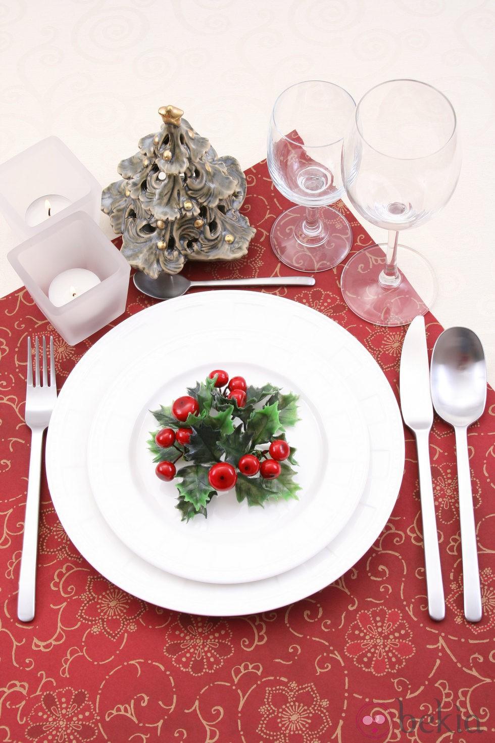 Decora la mesa de navidad en rojo fotos de navidad - Como adornar una mesa para navidad ...