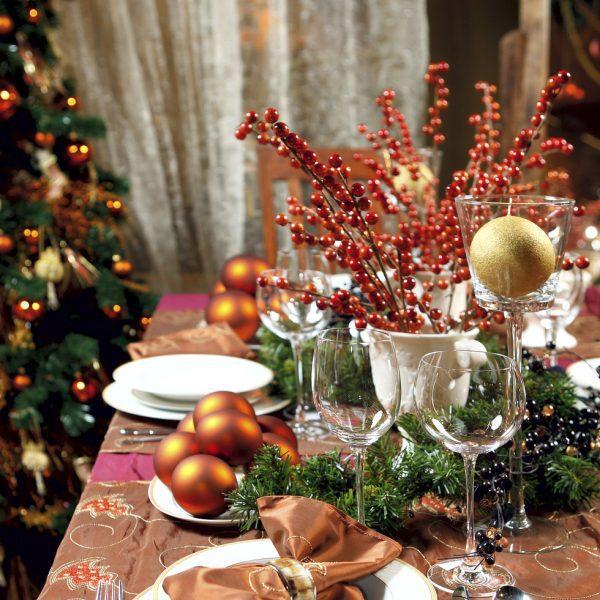Una buena decoraci n de la mesa de navidad fotos de navidad - Decoracion de navidad para la mesa ...