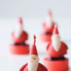 Velas de Papá Noel para decorar la casa en navidad
