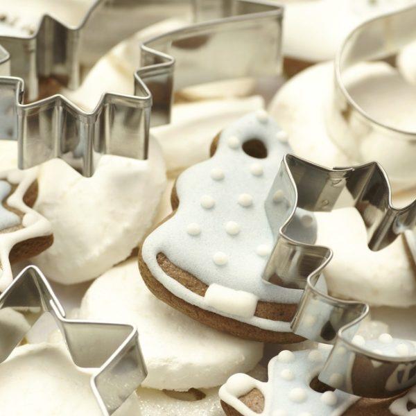 Galletas de mantequilla convertidas en adornos de Navidad