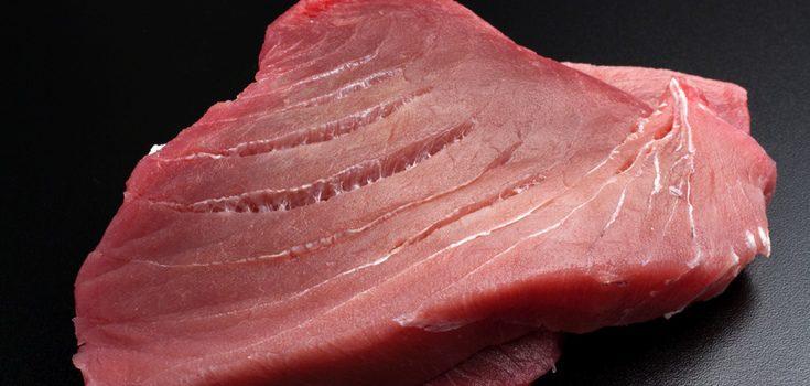 El atún tiene que estar bien limpio y sin espinas
