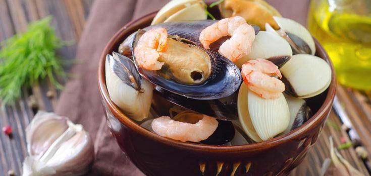 Además de langostinos también se pueden utilizar langostinos o almejas