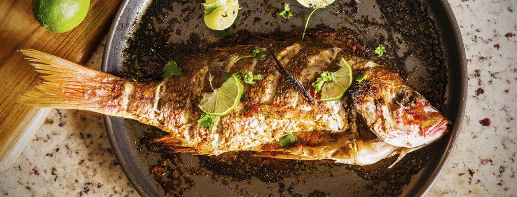 Pescados para el menú de Navidad: Besugo relleno de jamón y champiñones