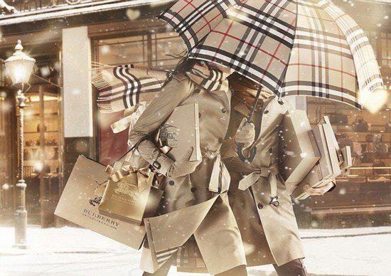 Imagen de la campaña 'With Love' de Burberry