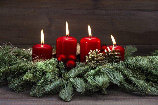 Las velas son imprescindibles en la decoración navideña