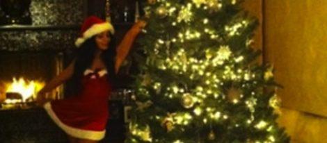 Vanessa Hudgens te felicita la Navidad