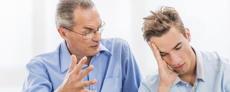 Evitar enfrentamiento con tu suegro es la mejor forma de que la reunión familiar salga adelante