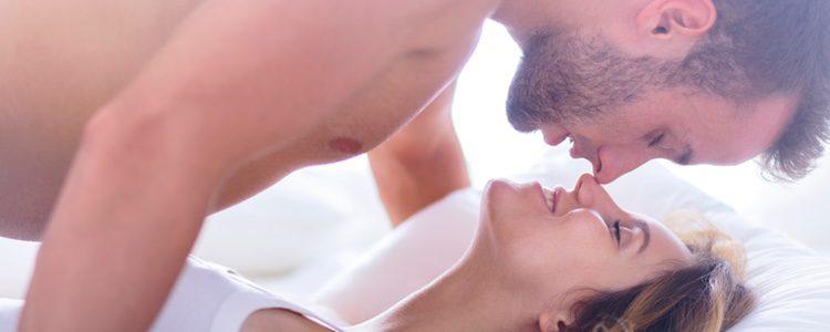 Hablar de sexo durante una reunión familiar puede ser incómodo