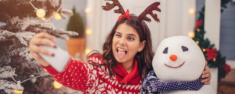 El clásico muñeco de navidad es un aliado en nuestras prendas