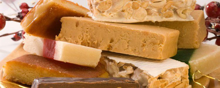El turrón es un dulce típico que todo el mundo relaciona con la Navidad
