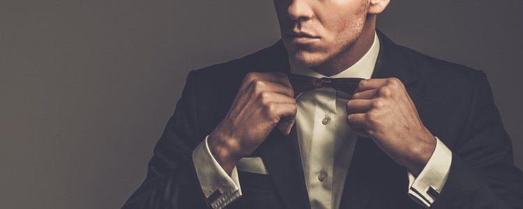 Para los hombres un traje siempre es una de las mejores opciones