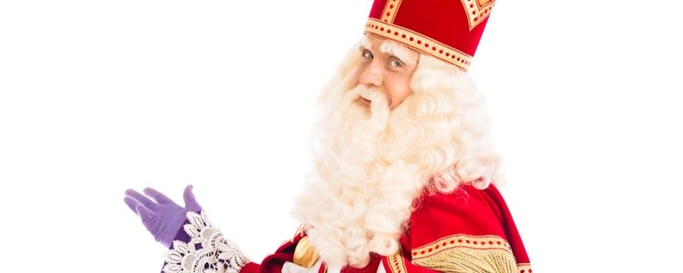 San Nicolás es quien da origen a Santa Claus en España, siendo un joven muy bueno y bondadoso