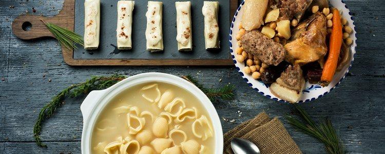 La comida típica de este día son los canelones de San Esteban, cuyo relleno son las sobras de la escudella