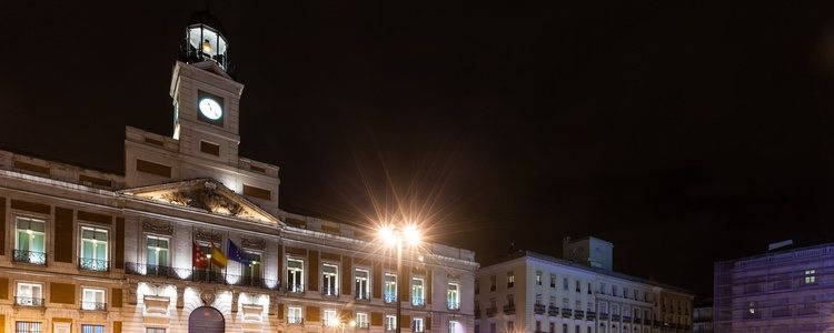 Muchos españoles vivieron el momento en directo desde la Puerta de Sol