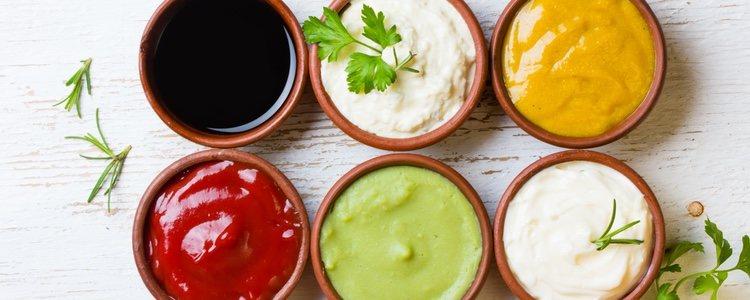 La salsa por excelencia que debería eliminar de tu alimentación es la mahonesa
