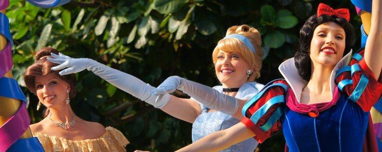 Los espectáculos y la música se apodera de los personajes Disney