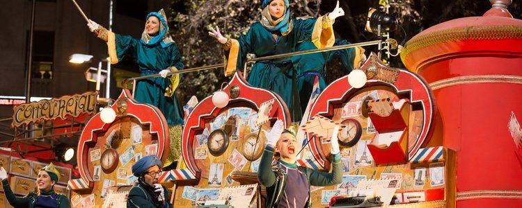 Muchos municipios gallego tiene una carroza para él en la Cabalgata de Reyes