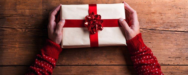 Ve comprando regalos básicos durante todo el año