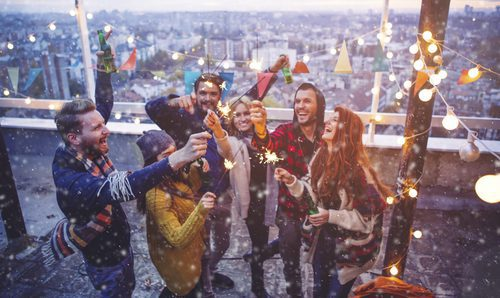 Fotos De Hombres Felicitando La Navidad.Mensajes Navidenos 25 Formas De Felicitar La Navidad