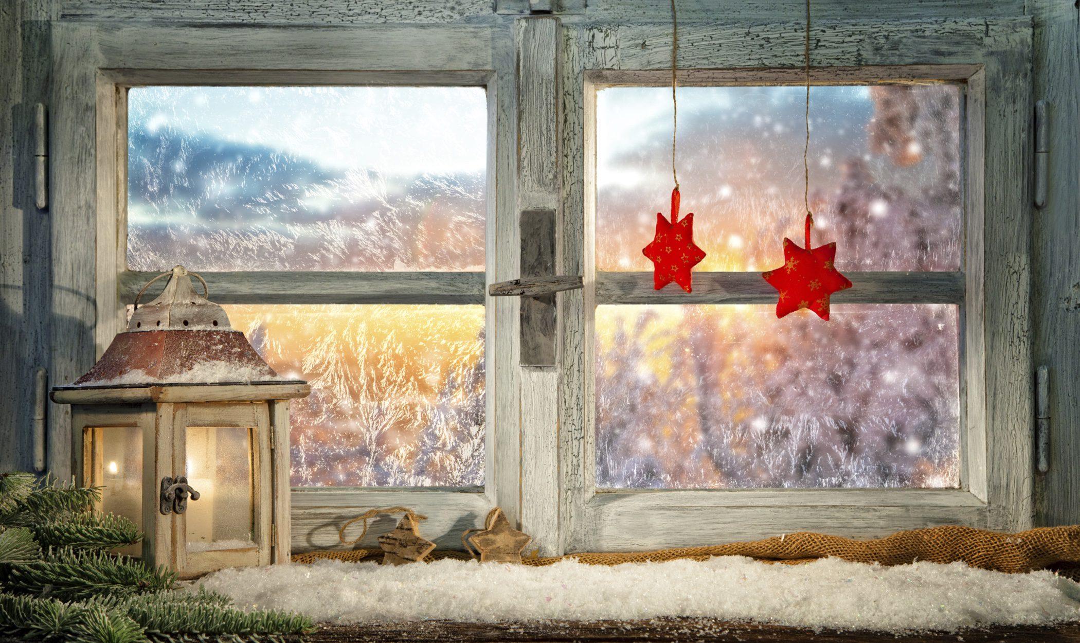 Decoración navideña: ¿con qué adornar las ventanas?