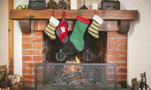 Como Decorar Calcetines Para Navidad.Calcetines De Navidad Decora Tu Chimenea Bekia Navidad