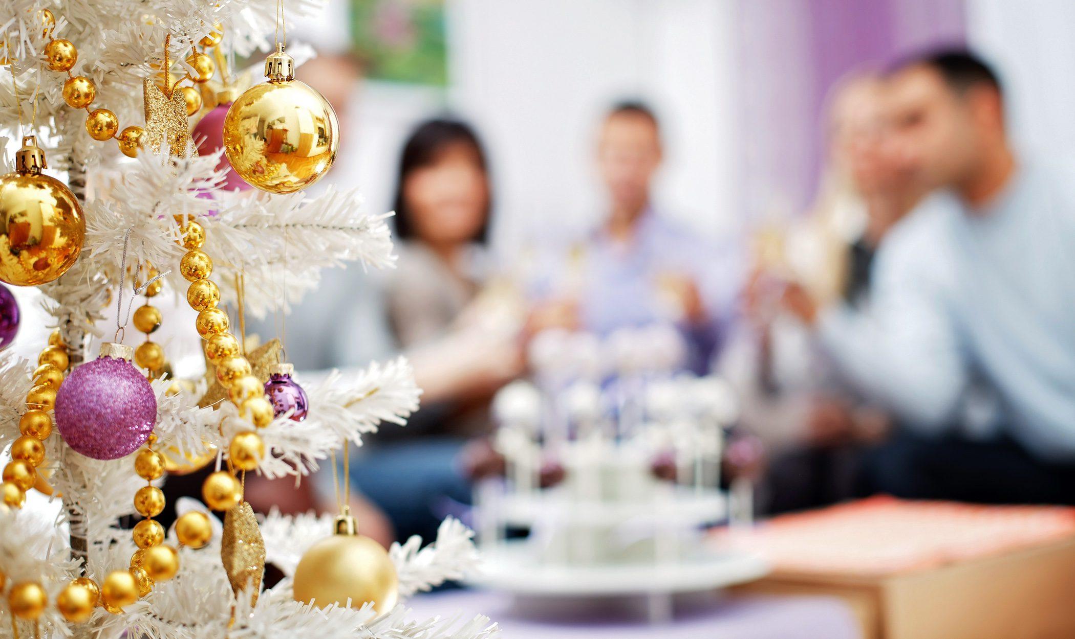 Me agobian las reuniones familiares: ¿qué puedo hacer?