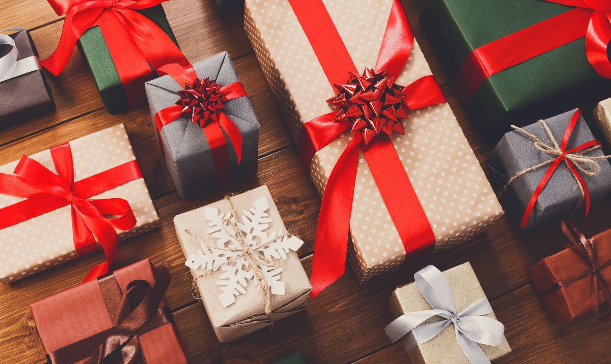 Cuántos regalos debe recibir un niño por Navidad