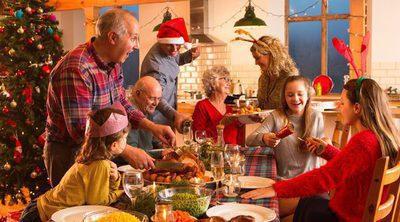 4 temas de conversación que debes evitar en tus reuniones familiares de Navidad