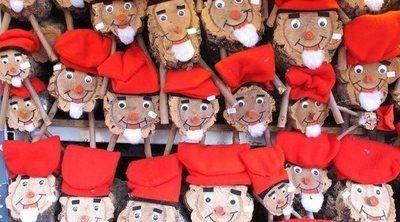 Tió de Nadal: el tronco que da regalos durante la Navidad en Cataluña