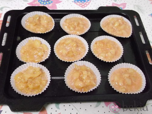 Muffins de tortilla de patata antes de hornearlos