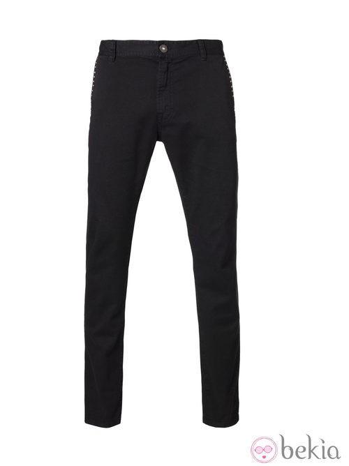 Pantalón negro de la colección Navidad 2013 de Benetton