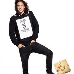 Jersey negro con letras para hombre de la nueva campaña navideña 2014 de H&M
