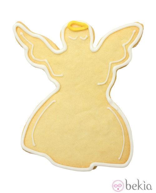 Galleta de mantequilla convertida en un ángel de Navidad
