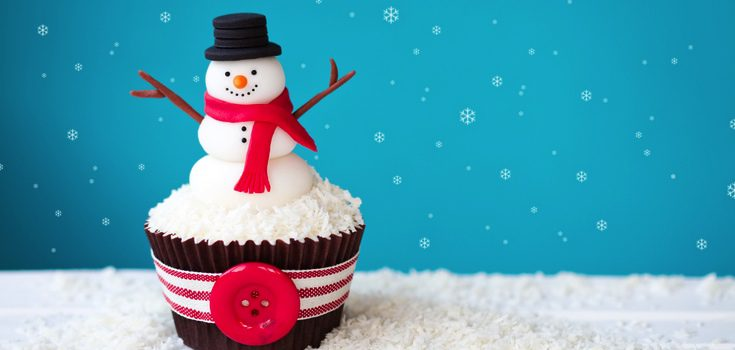 Cupcake decorado con un muñeco de nieve
