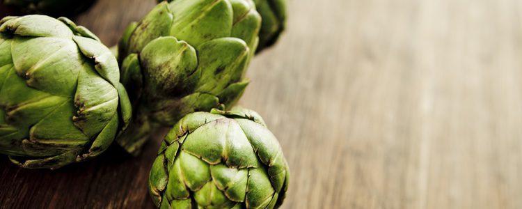 Un plato muy sano con la  alcachofa como ingrediente estrella