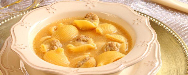 La carne se utiliza al día siguiente para hacer la comida de San Esteban